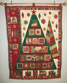 Love this Advent quilt.