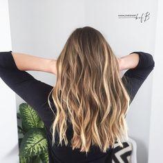 Balayage Hair Rubio Dorado New Ideas Blonde Hair With Highlights, Brown Blonde Hair, Hair Color Balayage, Brunette Hair, Blonde Honey, Honey Balayage, Brunette Color, Brown Balayage, Color Highlights