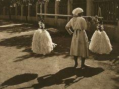 România lui Kurt Hielscher. Fotoreportaj din 1933   ActiveNews Design Web, Country, Web Design, Rural Area