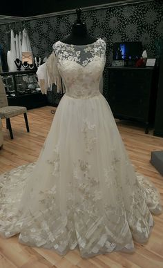 86239291358 Plus Size Ivory White Bridal Gown Wedding Dress Floral Appliques Custom 12  26