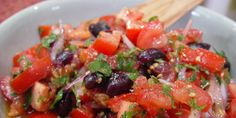Tomato and olive salad Raw Food Recipes, Vegetable Recipes, Food Network Recipes, Salad Recipes, Vegetarian Recipes, Cooking Recipes, Healthy Recipes, Cooking Tips, Olive Salad