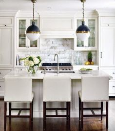 Day Dreaming of a White Kitchen