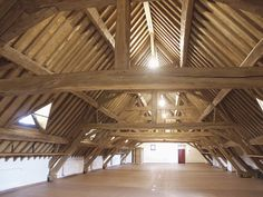 English tithe barn timber trails enabling diy homeowners and supporting pr - Charpente traditionnelle 4 pans ...