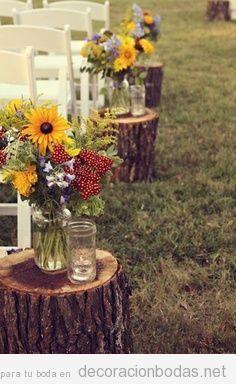 decoracin de boda en el jardn pasillo al altar con troncos de rbol