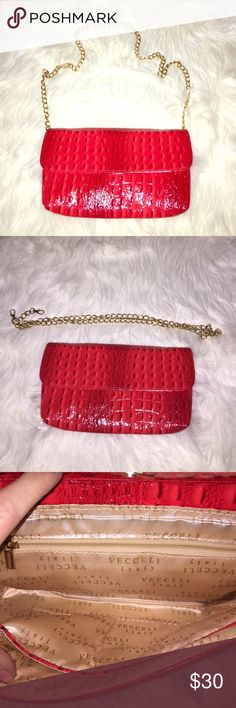 Red shoulder bag with detachable gold chain NWOT - this bag has a beautiful red color that could make any boring outfit look amazing! It can be worn as a shoulder bag or as a clutch Bags