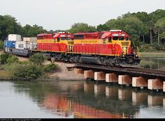 RailPictures.Net Photo: FEC 711 Florida East Coast Railroad (FEC) EMD SD40-2 at St. Augustine, Florida by Bob Pickering (BP)