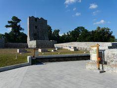 plecat de acasă: Cetatea Severinului- refăcută, tristă și nevizitat...