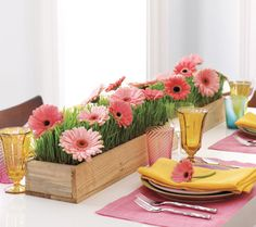Spring Centerpieces: 25 Beautiful Ideas from The Decorating Files
