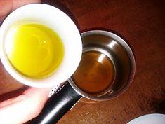 Τα Μυστικά της Παν..ωραίας: Φυσική κρέμα προσώπου από τα χεράκια μου με ροδόνερο και κερί μέλισσας! Δείτε πως να την φτιάξετε. Tin, Beauty, Pewter, Beauty Illustration