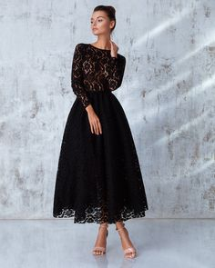 Swans Style is the top online fashion store for women. Shop sexy club dresses, jeans, shoes, bodysuits, skirts and more. Elegant Outfit, Elegant Dresses, Pretty Dresses, Beautiful Dresses, Modest Fashion, Hijab Fashion, Fashion Dresses, Dress Skirt, Lace Dress