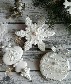 Christmas Biscuits, Christmas Sugar Cookies, Christmas Sweets, Christmas Cooking, Holiday Cookies, Fancy Cookies, Iced Cookies, Royal Icing Cookies, Cupcake Cookies
