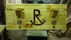 Campbell's Creations: Steven takes pride in designing and creating uqiue and affordable home decor items. Contact him today for all of your custom, western home furnishings. BRANDED COWBOY HAT RACK
