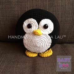 Rolly Polly Penguin Code No: #37RPP083016 Material: 80% Cotton and 20% Milk Fiber yarn Size: 15cm (H)