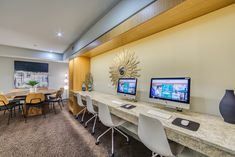 Our resident business center is available for your convenience. #ReNewFiveNinetyFive #IAmRenewed #Apartments #Amenities