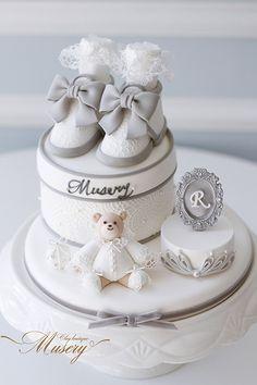 Beautiful Birthday Cakes, Amazing Wedding Cakes, Beautiful Cakes, Wedding Cupcakes Fondant, Cupcake Cakes, Gateau Baby Shower Garcon, Construction Party Cakes, Fondant Christmas Cake, Fondant Cake Designs