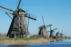 Kinderdijk Nederland I've actually been here !!! When I was younger with my family. !!!! -Janelle