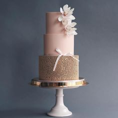 Russian Confectioners Make Elegant Cakes That Look More Like They Came Out Of A Fairy Tale - These Luxurious Towering Cakes Look Like They Are Straight Out Of The Fairy Tale - Wedding Cake Decorations, Unique Wedding Cakes, Beautiful Wedding Cakes, Wedding Cake Designs, Beautiful Cakes, Amazing Cakes, Wedding Decor, Cake Wedding, Peggy Porschen Cakes