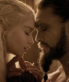 Khal Drogo Daenerys Targaryen - Game of Thrones. I can't even look at this because I keep waiting for GRR Martin to bring him back to life.