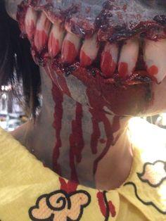 Created special horse prosthetics teeth for application zombi unicorn