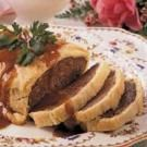 Meat Loaf Wellington I prefer meatloaf wellington over beef wellington any day of the week! I use an Italian meatloaf recipe with the puff pastry and it is a household fav! Meatloaf Recipes, Beef Recipes, Cooking Recipes, Ground Beef Wellington, Italian Meatloaf, Le Diner, Beef Dishes, Meat Loaf, Food And Drink