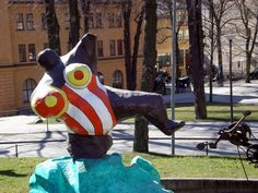 Multimediataiteilija Jemina Staalon portfolio: Niki de Saint-Phalle - eräs lempparitaiteilijani Cindy Sherman, Metro Station, Scandinavian Design, Outdoor Decor, Art, Art Background, Kunst, Performing Arts, Nordic Design