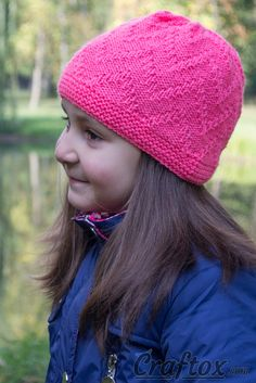 """Zigzag"" beanie - quick and simple. Free zig zag hat knitting pattern. A comfortable and practical model of a hat for autumn or spring. In order to emphasize a pattern of knit and purl stitches, one-color yarn was used. #zigzag #beanie #quick #simple #free #zig #zag #hat #knitting #pattern"