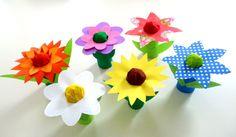 Basteln5/basteln-bunte-Blumen-Toilettenpapierrollen