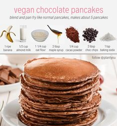 Sweet and Savoury new Vegan Recipe! 🌱😍🌱 :) x x ⠀ ⠀ 🥞 VEGAN CHOCOLATE PANCAKES 🥞 . THE pancake recipe you never knew you needed🤩 🤪Simply blend the ingredients listed and pan fry! Healthy Sweets, Healthy Breakfast Recipes, Snack Recipes, Dessert Recipes, Cooking Recipes, Healthy Food, Vegan Recipes Dates, Vegan Breakfast, Breakfast Ideas
