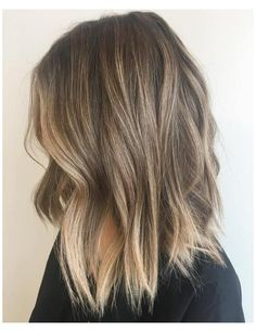 Ombre Hair Color, Hair Color Balayage, Hair Highlights, Balayage Lob, Subtle Balayage, Brown Medium Length Hair With Highlights, Balayage Hair Light Brown, Hair Colors, Medium Balayage Hair