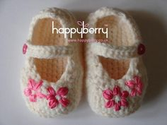 Find out more about HappyBerry'sCrocheting project Crochet Baby Shoes - In 4 sizes on Craftsy! - via @Craftsy
