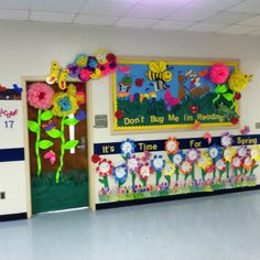 Spring bulletin board...Wow when did this teacher find the time to do this. I love it. This would be something cool to do for Grandparents' night at school or for our church Bulletin Board