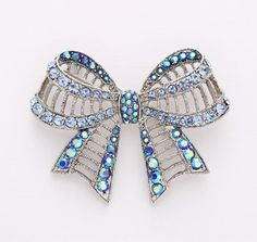 Blue Bow Knot Brooch Crystal Blue.