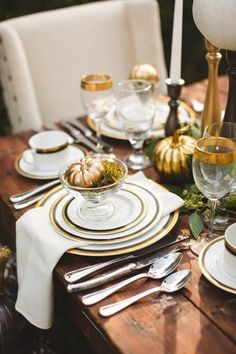 Love the gold pumpkin in the glass - Halloween Tablescape Inspiration from JoPhoto Thanksgiving Table Settings, Thanksgiving Tablescapes, Thanksgiving Decorations, Table Decorations, Thanksgiving Ideas, Thanksgiving Wedding, Thanksgiving Traditions, Thanksgiving Appetizers, Diy Decoration