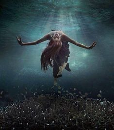 Underwater Photography by Kenvin Pinardy - Gracefully Underwater ~ (scheduled vi. Underwater Photoshoot, Underwater Model, Underwater Art, Underwater Photography, Artistic Photography, Portrait Photography, Photography Tips, Street Photography, Landscape Photography