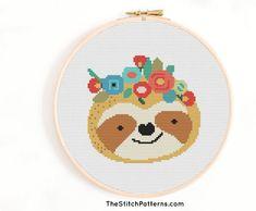 Cross Stitch Heart, Simple Cross Stitch, Cross Stitch Animals, Baby Cross Stitch Patterns, Baby Patterns, Fil Dmc, Cross Stitch Geometric, Le Point, Sloth