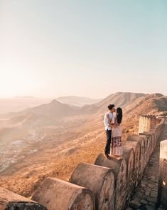 Jaipur Travel, India Travel, True Love Photos, Temple City, India Architecture, Pre Wedding Shoot Ideas, Wedding Couple Poses Photography, Best Places To Travel, Incredible India