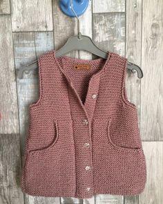 Most Popular Baby Vest Knitting Models of All Time Crochet Earrings Pattern, Crochet Cardigan Pattern, Kids Fashion Blog, Girl Fashion, Most Popular Instagram, Baby Vest, Kid Styles, Knit Fashion, Baby Knitting