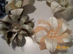 flor para cabelo e chapéu c/ armação de cobre