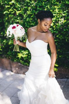 How to Transition to Natural Hair For Your Wedding | Brides