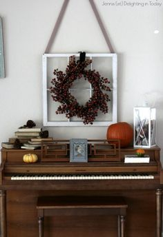 Are you ready to embrace fall in all its wonderfulness?! Your piano is, so get it ready wtih some festive decor || Delighting in Today