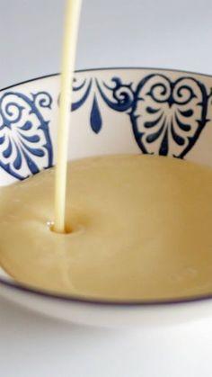 Fazer leite condensado em casa é muito melhor!