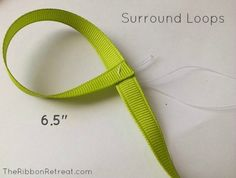 Learn how to make bows like the Twisted Boutique Bow, Pinwheel Bow, Spikes, and Surround Loops, and how to layer them all in our tutorial. Rainbow Loom Charms, Rainbow Loom Bracelets, Hair Bow Tutorial, Flower Tutorial, Disney Hair Bows, Ribbon Retreat, Pinwheel Bow, Halloween Bows, Boutique Hair Bows