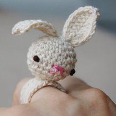 Kawaii Fashion - Amigurumi Bea Bunny Ring