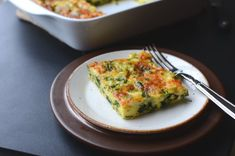 Keto cheesy spinach and egg casserole — butteryum Keto Breakfast Muffins, Keto Breakfast Smoothie, Breakfast Recipes, Tzatziki, Tortillas, Guacamole, Egg Casserole, Breakfast Casserole, Breakfast Bake