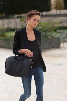 street style. simple. tasteful. stylish. chic. love.