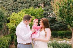 Η βάπτιση της μικρής Ιωάννας ξεχειλίζει χρώματα και αρώματα και μας μεταφέρει σε ένα παραμυθένιο floral σκηνικό! Ο χώρος ντύθηκε...see more » Pink And Gold, Couple Photos, Couples, Floral, Couple Shots, Flowers, Couple Photography, Couple, Flower