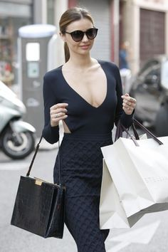 Miranda Kerr Changes Outfits During Paris Fashion Week!: Photo Miranda Kerr steps out in three different outfits while out celebrating 2013 Paris Fashion Week on Sunday (September in Paris, France. Estilo Miranda Kerr, Miranda Kerr Street Style, Street Style 2014, Miranda Kerr Body, Miranda Kerr Bikini, Rocker, Rock Chic, Cutout Dress, Looks Style