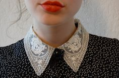 Black and white lace peter pan collar belted dress WITH POCKETS medium Colar Diy, Faux Col, Looks Style, My Style, White Lace, Black And White, Peter Pan Collars, Lace Collar, Collar Blouse