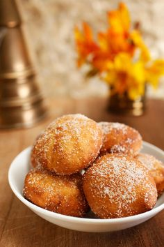 Not dissimilar to doughnuts, these deep-fried mandazi are a staple breakfast food in many African countries such as Kenya and Rwanda. Kenya Food, Indian Food Recipes, Ethnic Recipes, Kenyan Recipes, Africa Recipes, Good Food, Yummy Food, Fun Food, International Recipes