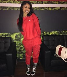 Uploaded by KingA. Find images and videos about outfit, vans and india westbrooks on We Heart It - the app to get lost in what you love. Chill Outfits, Dope Outfits, Casual Outfits, Fashion Outfits, Fashion Trends, Fashion Killa, Look Fashion, Winter Fashion, Fashion Images
